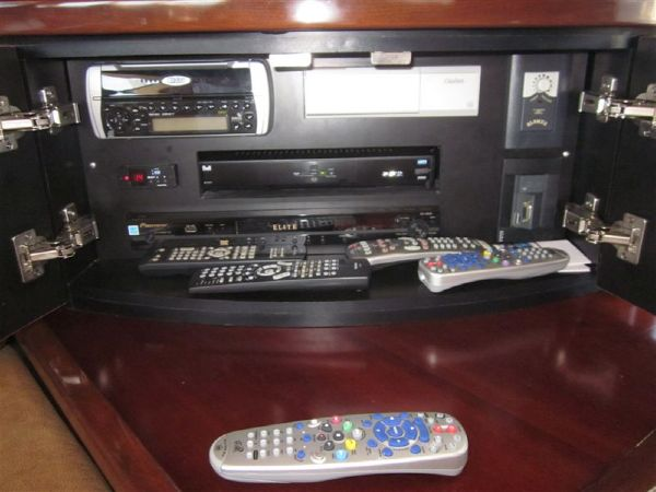 TV Sat System & Stereo for Salon