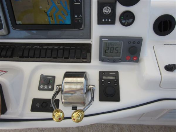 Bow Thruster, Autopilot & Bridge Air/Heat