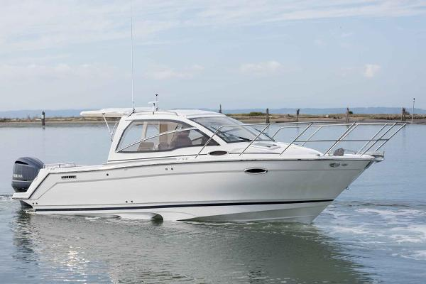Cutwater C-242 Sport Coupe Manufacturer Provided Image