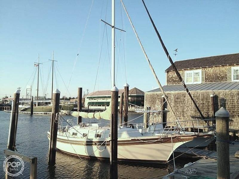 Bayfield 32 1984 Bayfield Yachts 32 for sale in Cape May, NJ