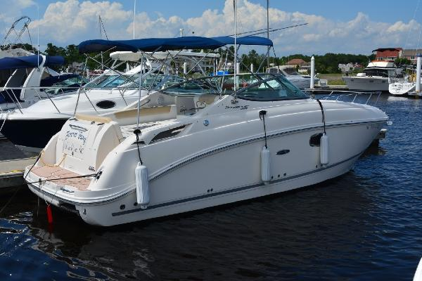 Sea Ray 260 Sundancer Profile