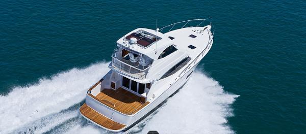 Maritimo 440 Offshore Convertible Stern