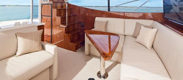 Maritimo 440 Offshore Convertible Saloon