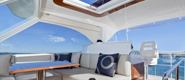 Maritimo 470 Offshore Convertible Cockpit
