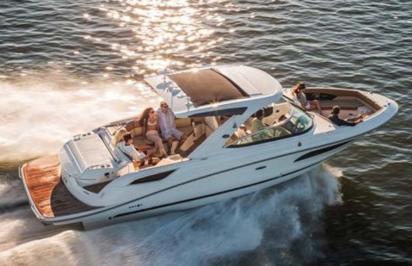 Sea Ray 350 SLX Manufacturer Provided Image