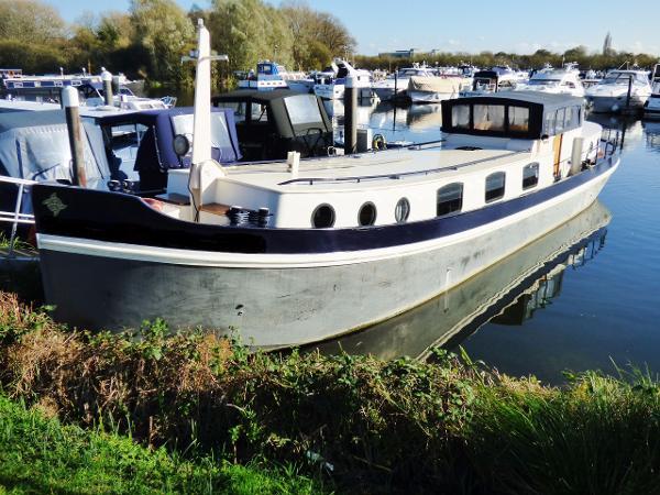Euroship 60' Dutch barge