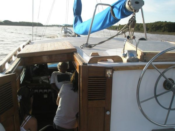 Upper Steering, Hatch Down