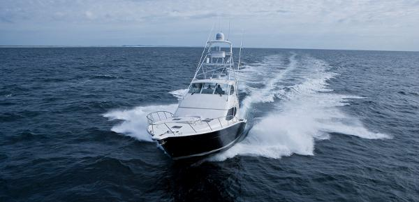 Maritimo 500 Offshore Convertible Running Shot