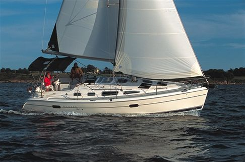 Hunter 36 Manufacture Photo - Sistership