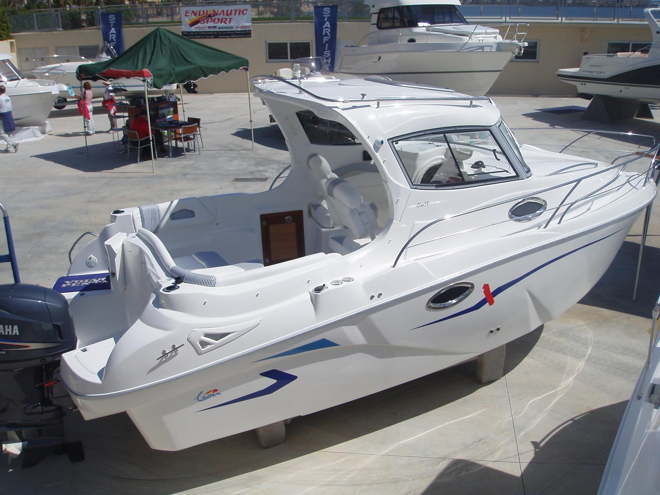 Lema  Barcos y Dise?os Poweboats S.L. Lema Clon FB 22