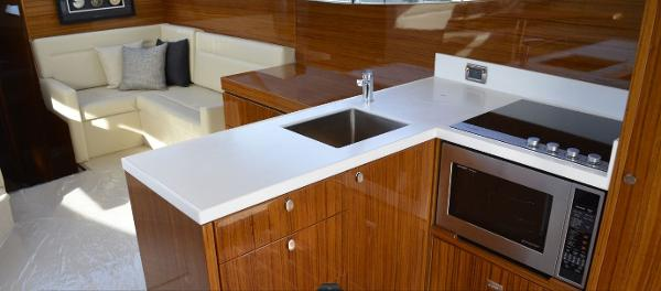 Maritimo M45 Galley
