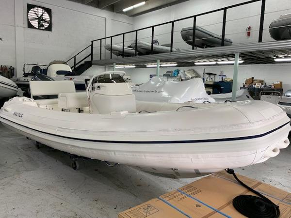 Nautica 18 WB