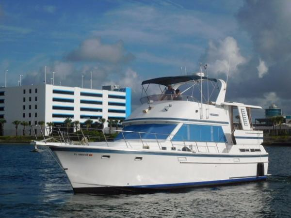 Jefferson 42 Sundeck Motor Yacht Portside Profile