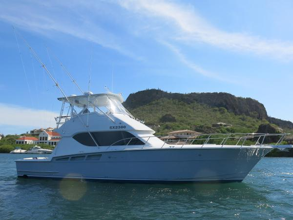 Hatteras Convertible Starboard Profile