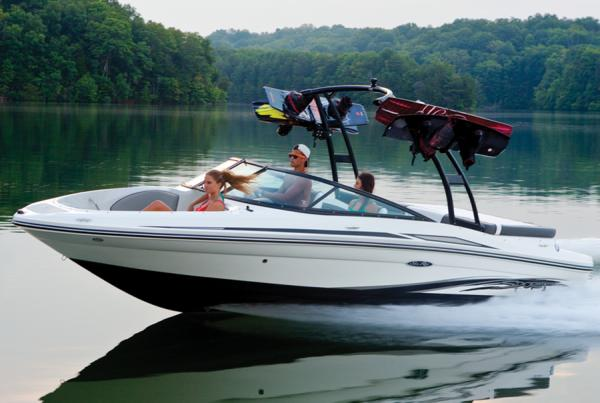 Sea Ray 205 Sport Manufacturer Provided Image