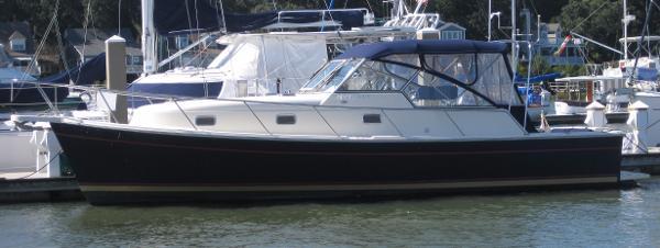 Mainship Pilot 34
