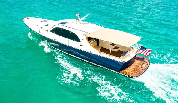 Palm Beach Motor Yachts PB50 Profile