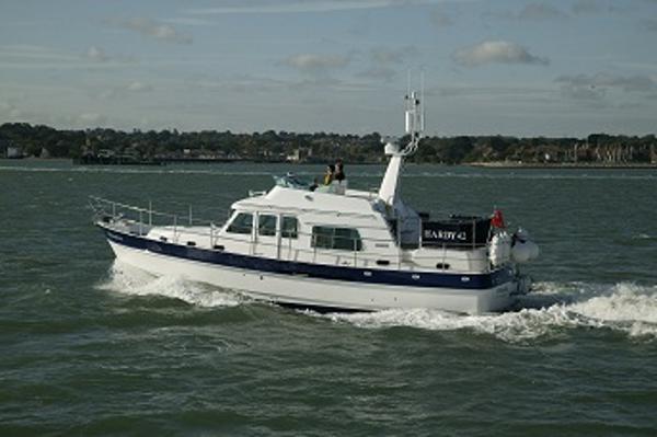 Windboats Hardy 42