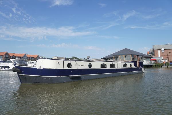 Wide Beam Narrowboat Widebeam 60ft widebeam