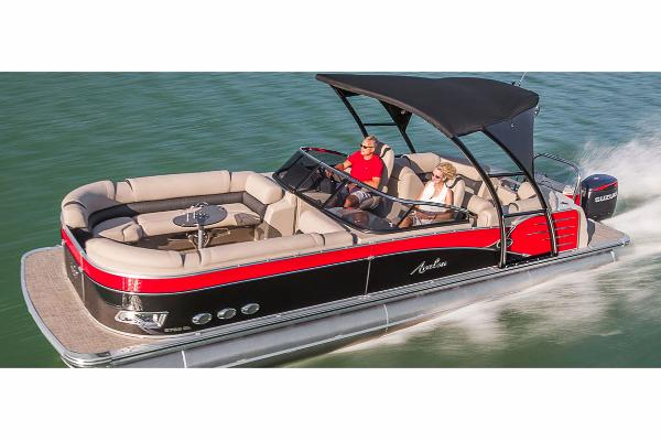 Avalon Catalina Platinum Quad Lounge Windshield - 27' Manufacturer Provided Image: Manufacturer Provided Image