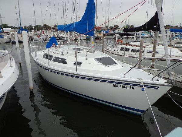 Catalina 270 Dockside