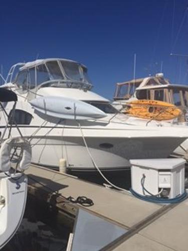 Silverton 39 Aft Cabin Motor Yacht