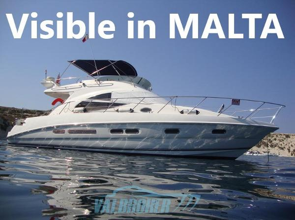 Sealine Motoryacht visible in malta