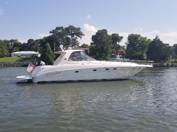 Sea Ray 460 Sundancer 2001 SEA RAY 460 SUNDANCER STBD PROFILE