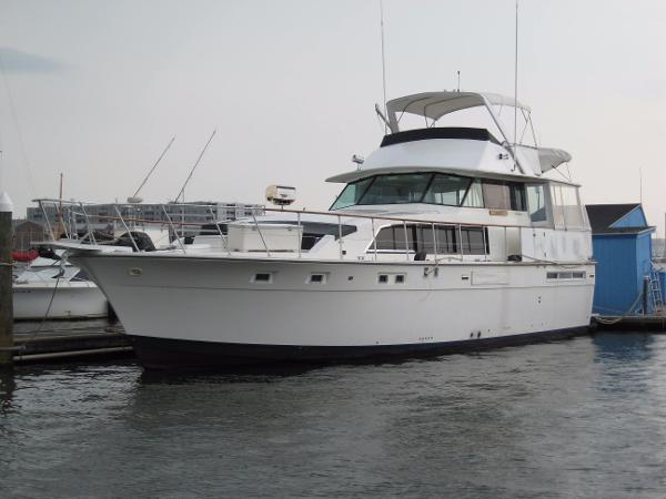 Bertram 58 Flybridge Motor Yacht