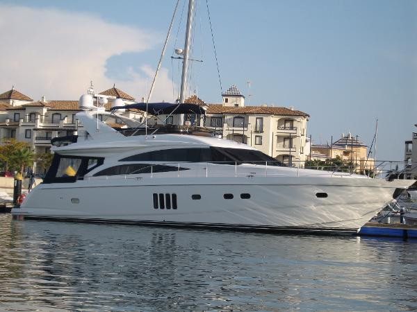 Princess Princess 67 Flybridge