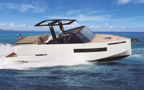 De Antonio Yachts D28 Cruiser