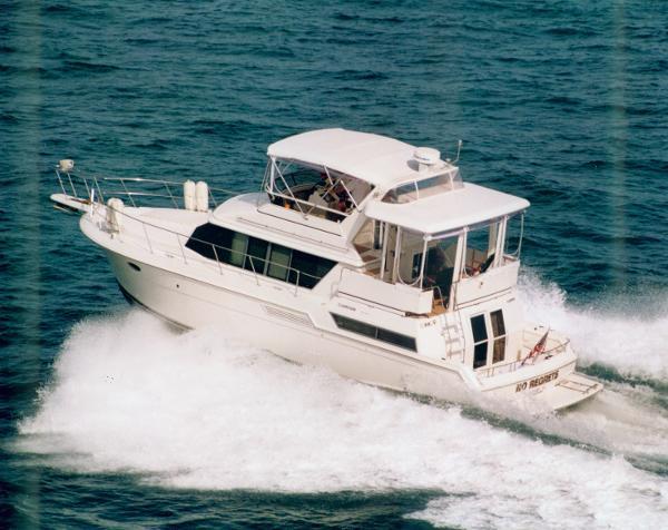 Carver 430 Cockpit