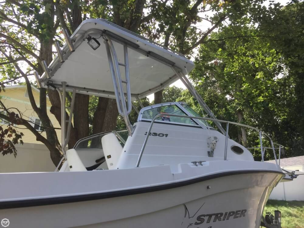 Seaswirl 2301 Striper 2003 Seaswirl 2301 WA Striper for sale in Rocky Point, NY