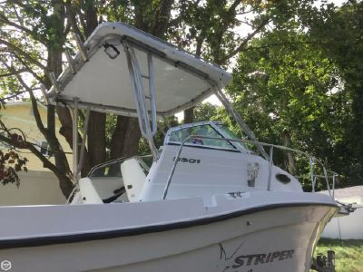 Seaswirl 2301 Striper 2003 Seaswirl 2301 WA Striper for sale in Rocky Point, NY