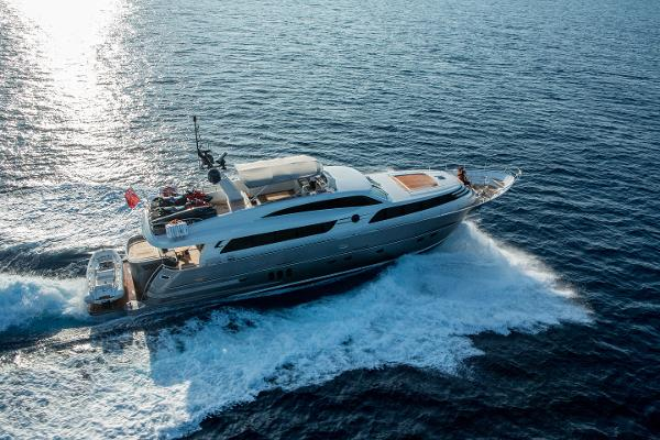 Wim Van der Valk Continental Three 2600 Raised Pilothouse