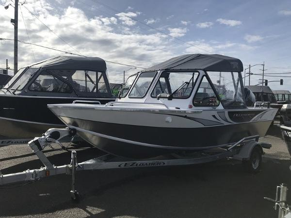 Duckworth Pacific Navigator Sport 18'