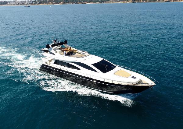 Riva 75 Venere Sunseeker 75 Yacht