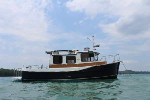 Ranger Tugs R-27 Luxury Edition
