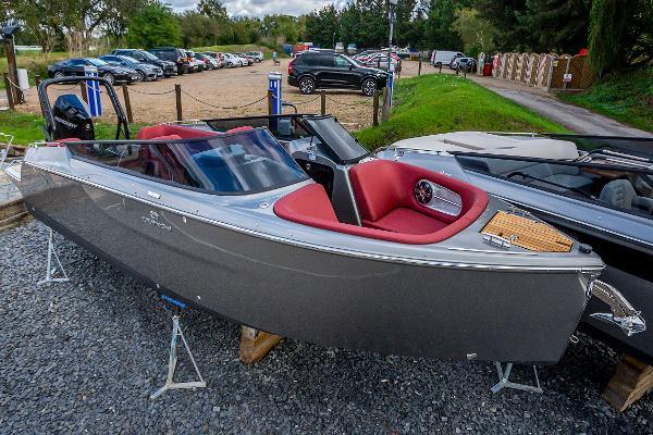 Cranchi E26 Rider Cranchi E26 Rider Racecourse Marina Tingdene Boat Sales