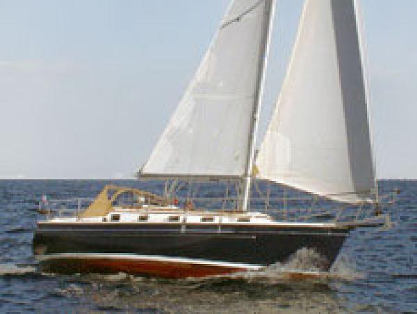 Com-Pac 35 Cruiser 35 Cruiser
