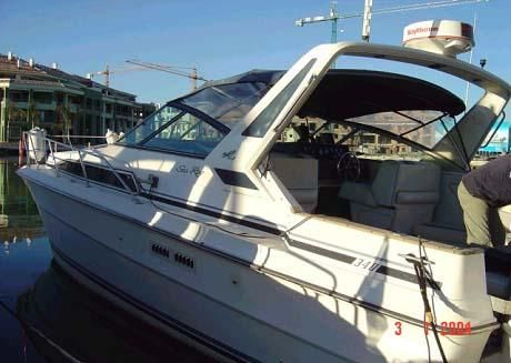 Sea Ray 340 Express Cruiser Photo 1
