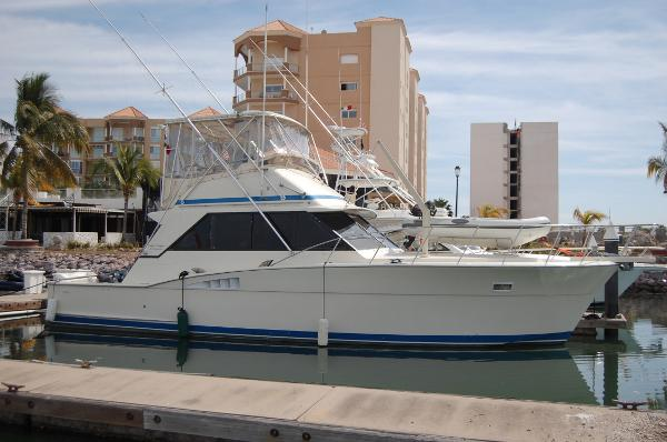 Chris-Craft 42 Sportfish