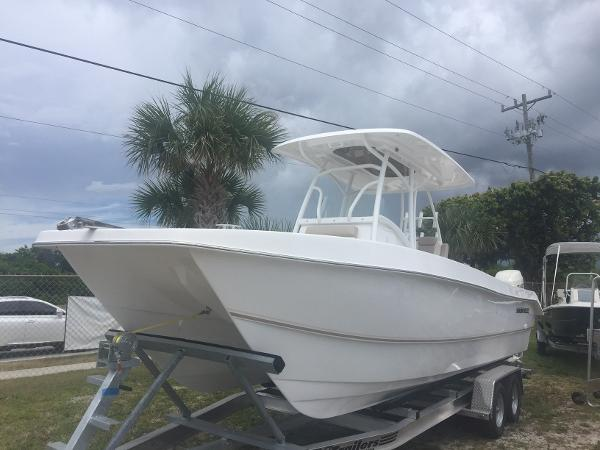 Twin Vee Ocean Cat 260 SE