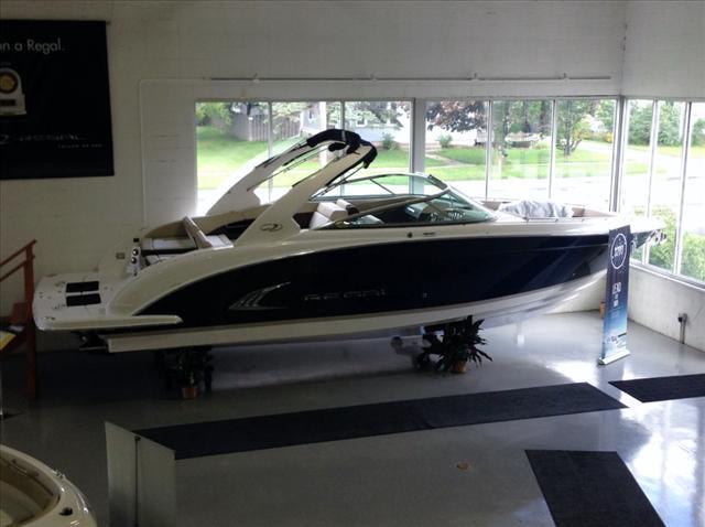 Regal Bow Rider 3200