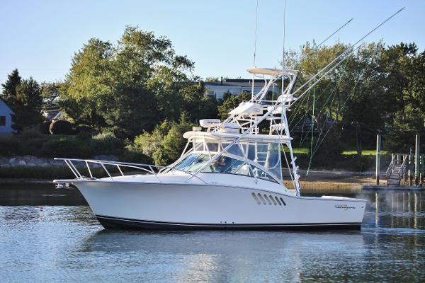 Albemarle 310 Express Fisherman port profile