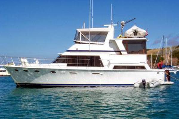 Lien Hwa Sundeck Motor Yacht