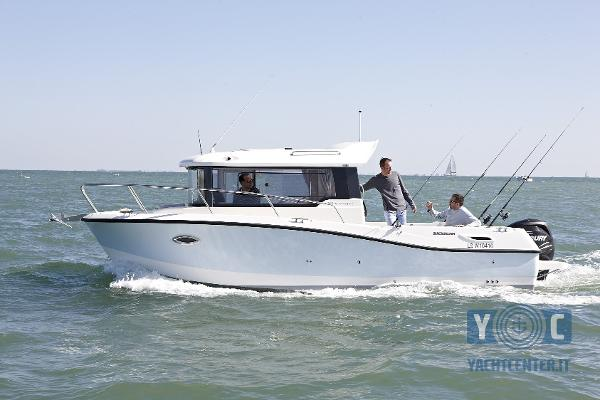 Quicksilver 755 Pilothouse 1