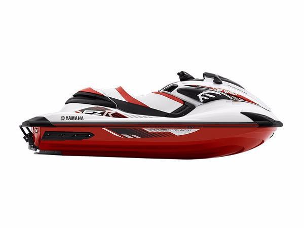 Yamaha Boats FZR®