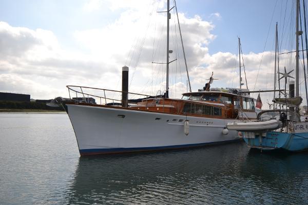 Motor Yacht Stephens Marine 65