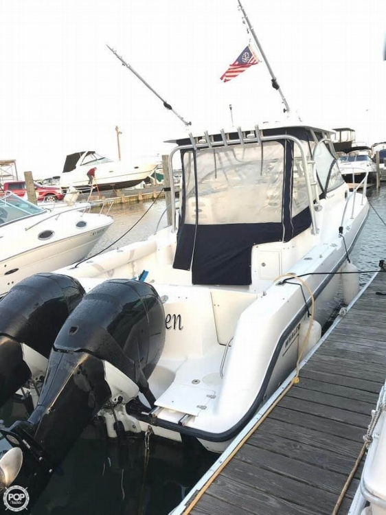 Boston Whaler 305 Conquest 2005 Boston Whaler 30 for sale in Seaford, NY
